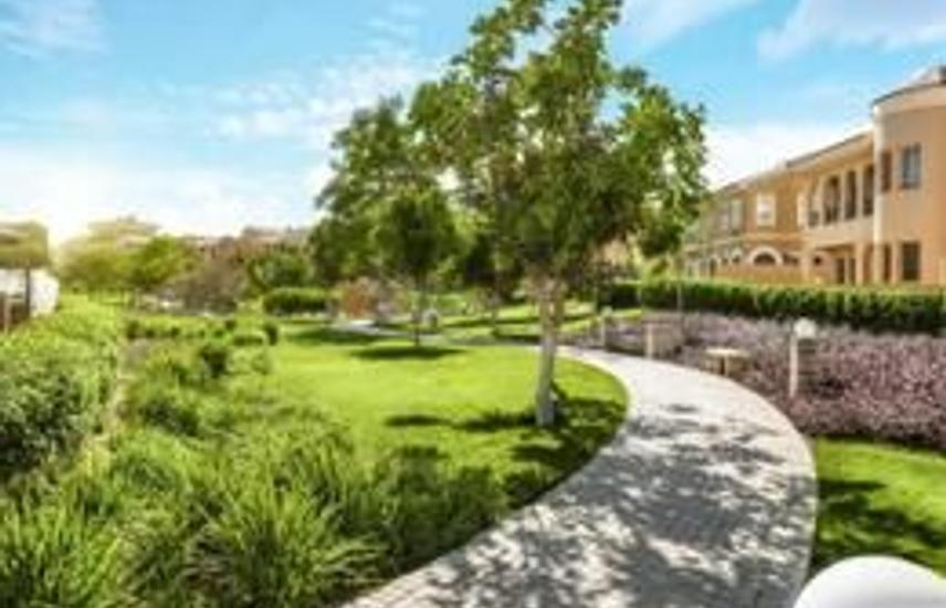 Villa For Sale Hyde Park New Cairo