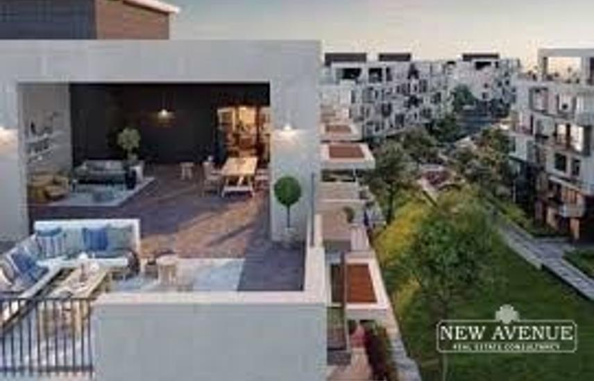 Duplex 303m + Roof 78m for sale in Eastown