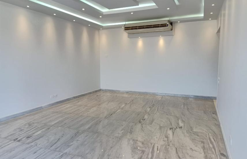 Apartment for rent Unfurnished New Giza compound.