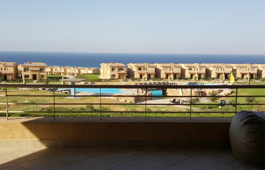 For sale Chalet with roof - Telal EL Ain EL Sokhna