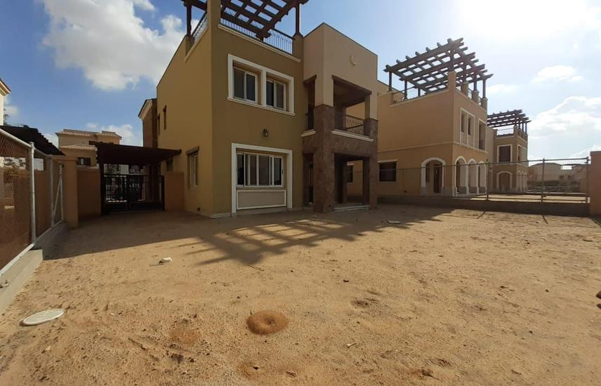 Twin House For rent at Mivida compound , New Cairo