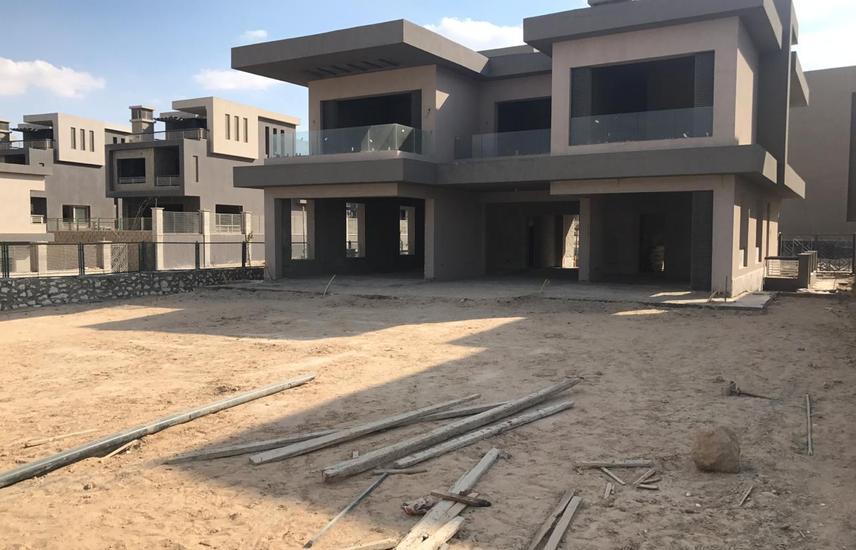 Under market price Villa in New Giza - Ivory Hills