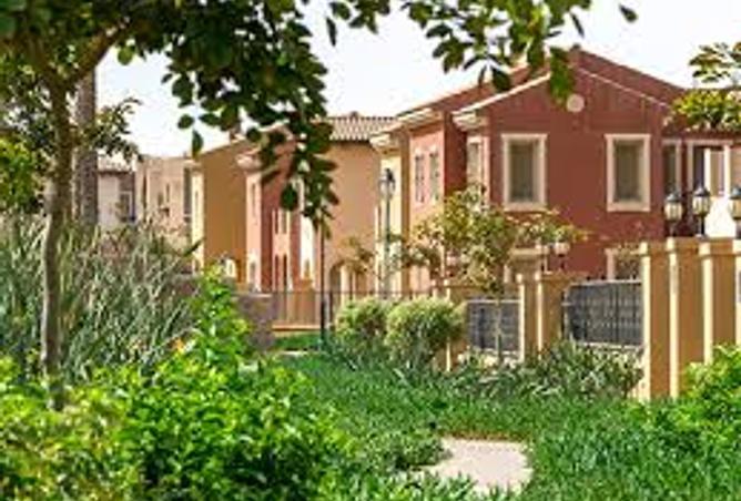 apartment foe sale in mivida 186m