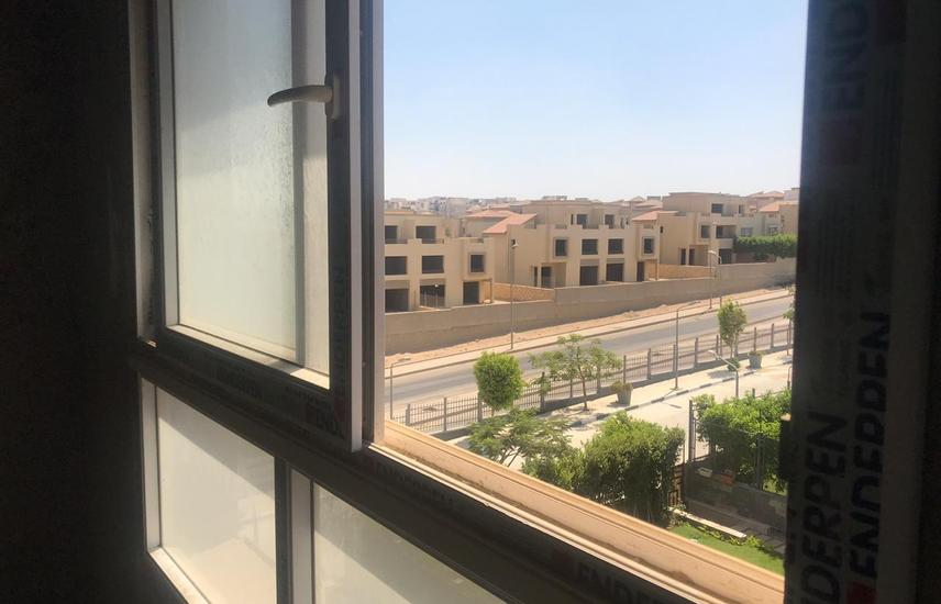penthouse for sale in zayed regency compound 249m2