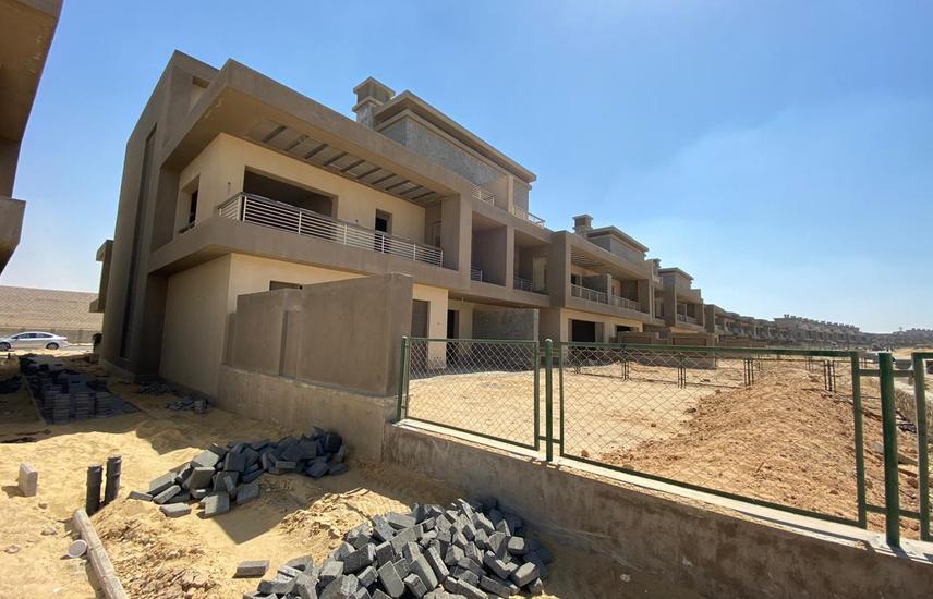 New Giza Grand Townhouse corner golf park villa3rd