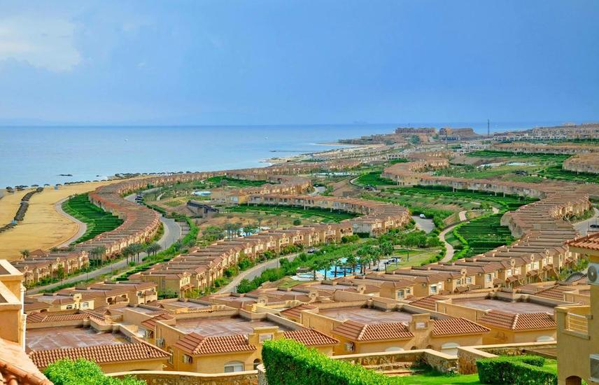 Chalet for sale 140m in Garden - in Telal Sokhna - wonderful view