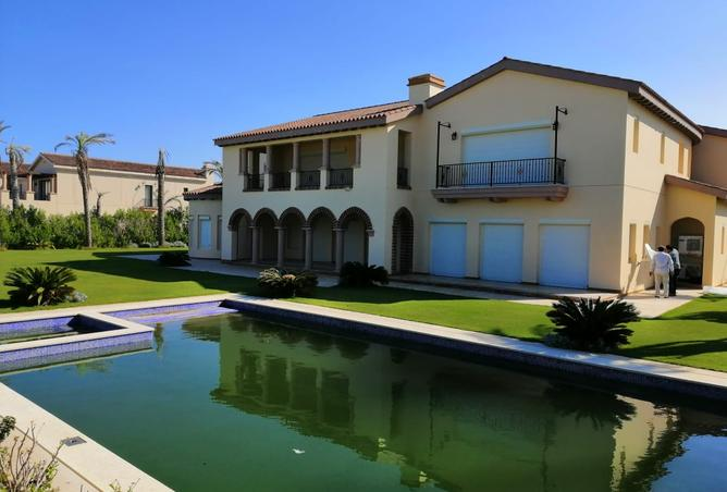 Amazing palace Valencia Marassi First row for rent