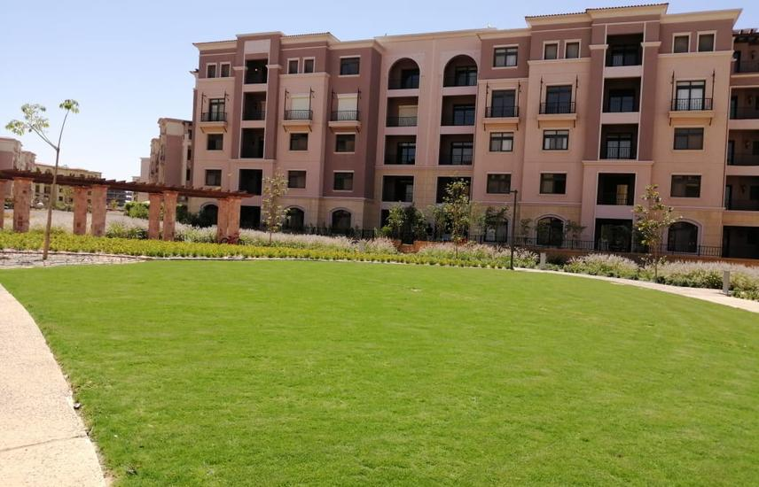 Ground Corner unit ,huge garden and Bahary