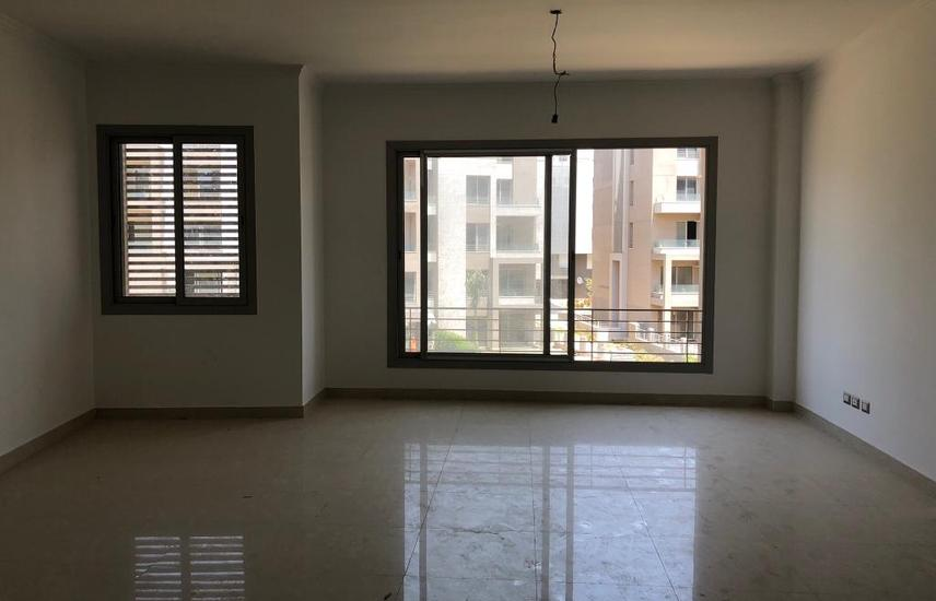 Apartment In V.G.K Palm Hills Compound New Cairo for sale .
