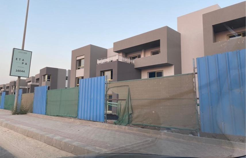 Townhouse in Etapa phase 1 Sheikh zayed