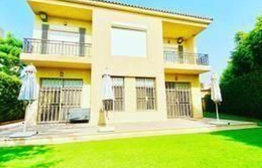 Finished villa for sale in Allegria ..