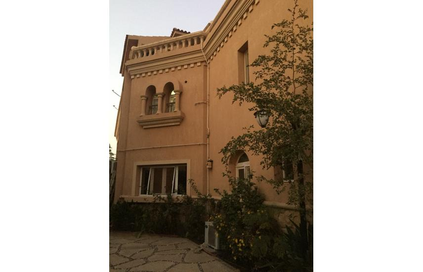 Standalone villa for sale in Belagio-fully finshed