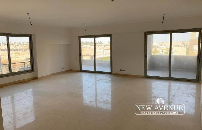 Fully Finished Apartment 250m in Palm Parks