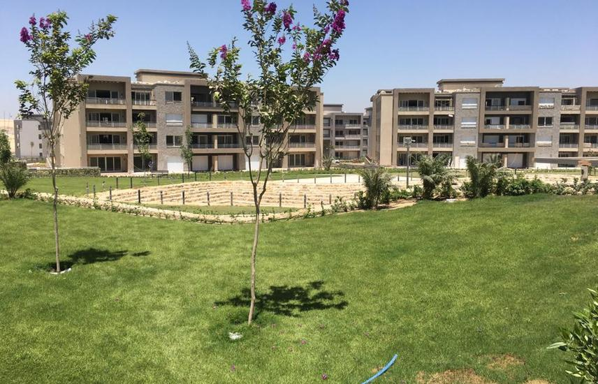 Apartment with garden in Jasper lake - New Giza for sale