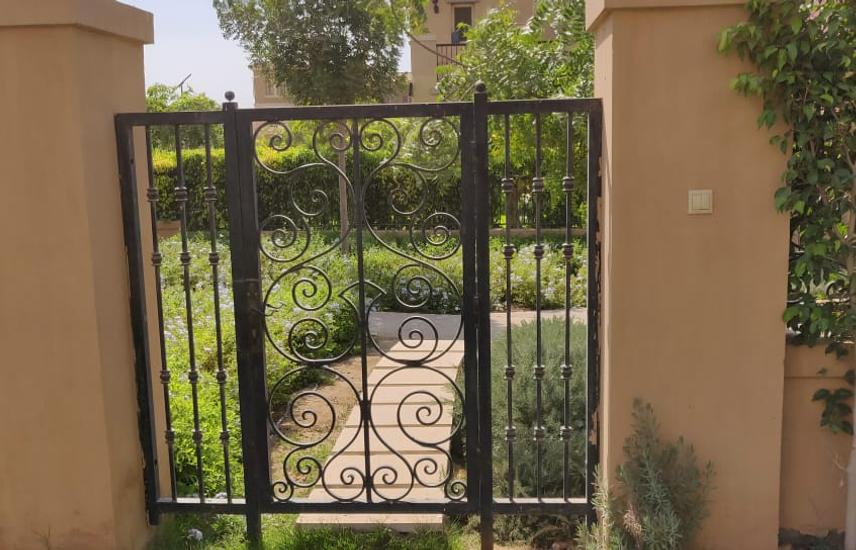 Stand alone with beautiful garden for rent Mivida