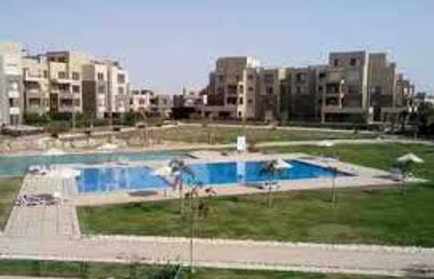 Apartment for sale on the pool - Palm Parks