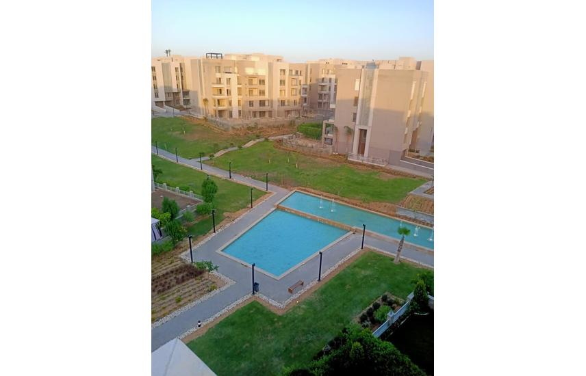 for sale penthouse roof vgk palm h v.good price