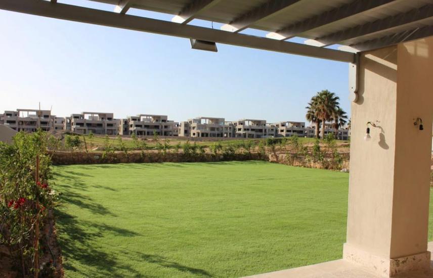 Hacienda bay chalet 250 m For sale prime location