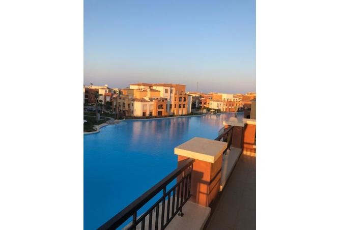 MARASSI DIRECT LAGOON VIEW CHALET FOR SALE