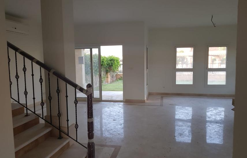Twin villa for rent in a prime location in Mivida compound