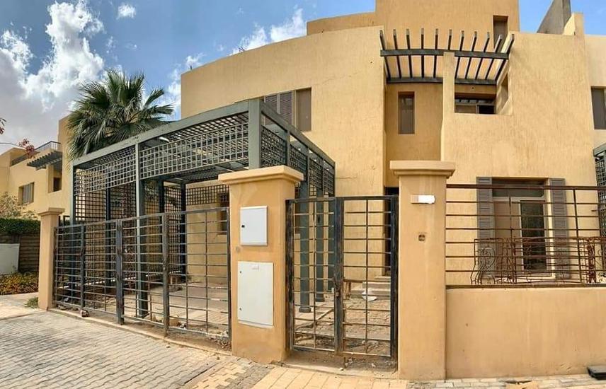 Townhouse corner in Allegria for sale – El Sheikh Zayed