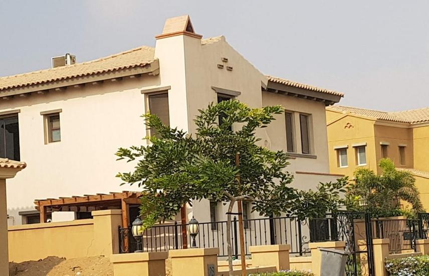 Villa for rent in Mivida overlooking a 345 m front garden
