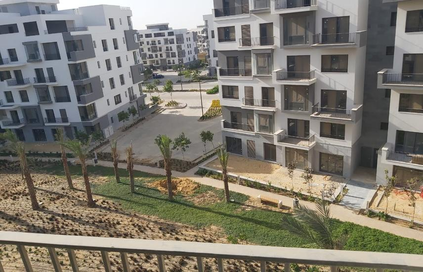 Apartment in sodic east for sale