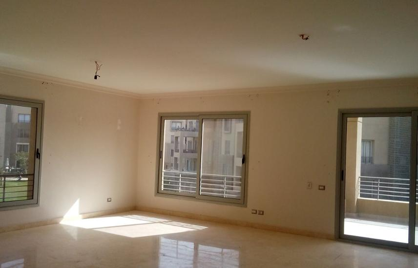 HOT DEAL apartment for sale in palm parks