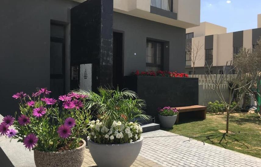 Townhouse fully finished, with air conditioners