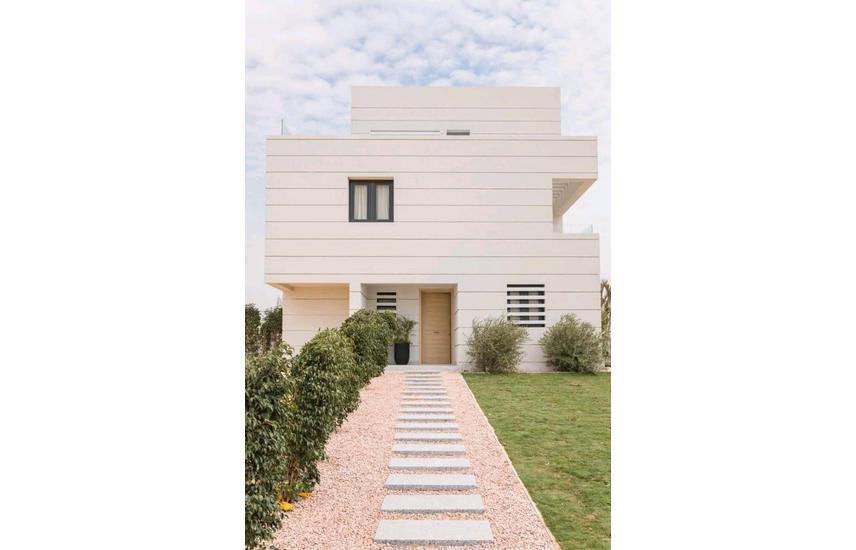 Twinhouse for sale under market price at Al Burouj