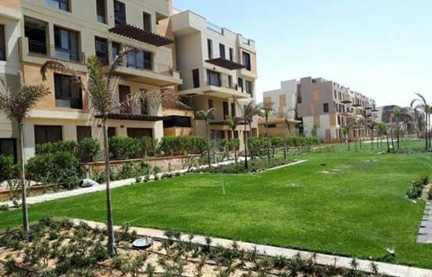 Big apartment for sale at Eatown sodic new cairo .
