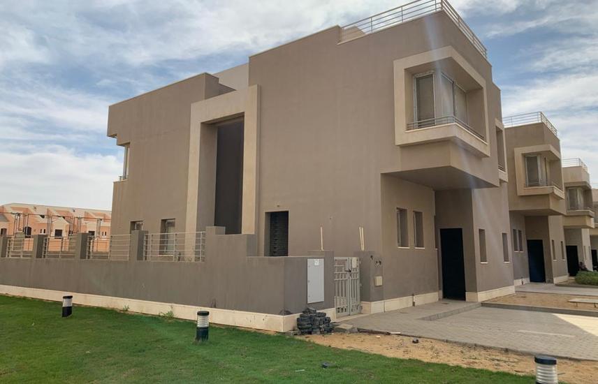 Unfinished standalone villa for sale in VGK