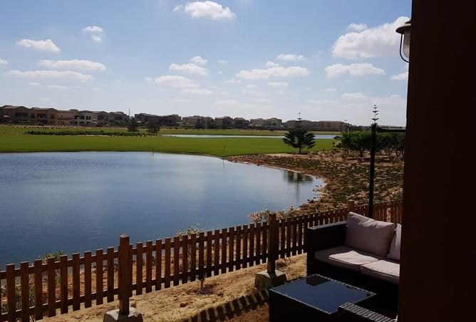 golf and lagoon view chalet for sale in marassi