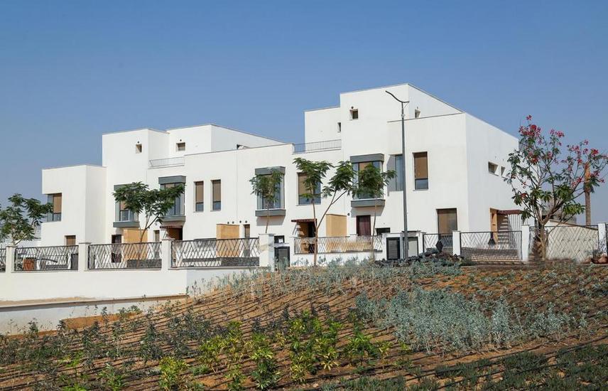 townhouse villa in elshrouk sodic delivery 2021