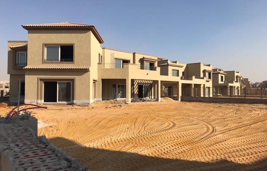 villa 1390 SQM palm hills pk1 very prime location