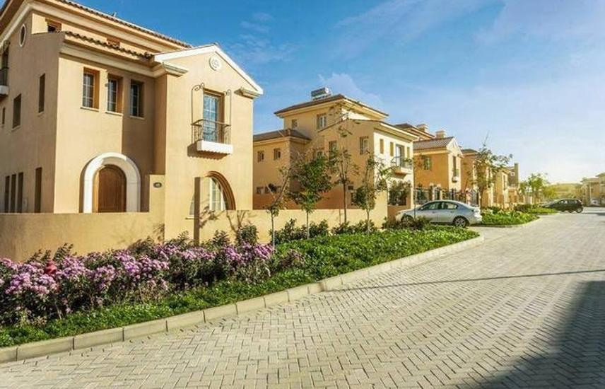 hyde park villa 10% dp insta over 9 years