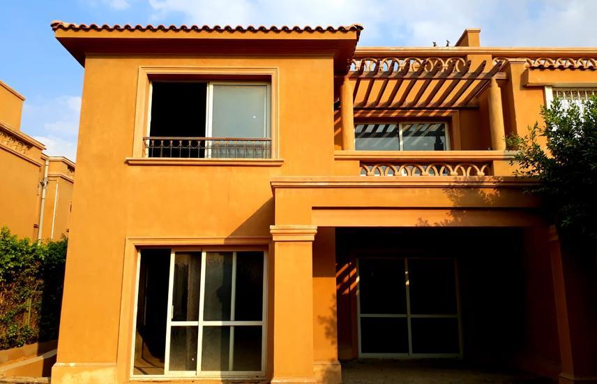 Villa For Resale In Bellagio Compound, Lake View..