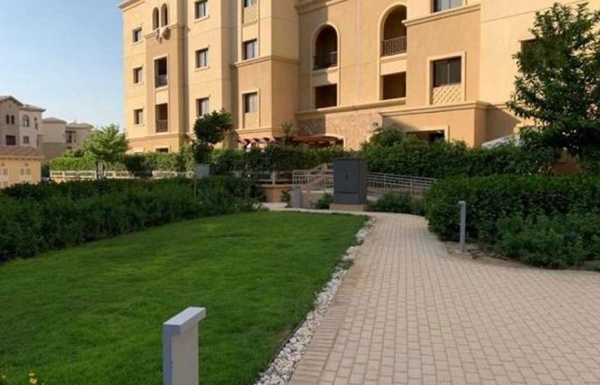 Apartment 200 m For Sale in Mivida Prime Location