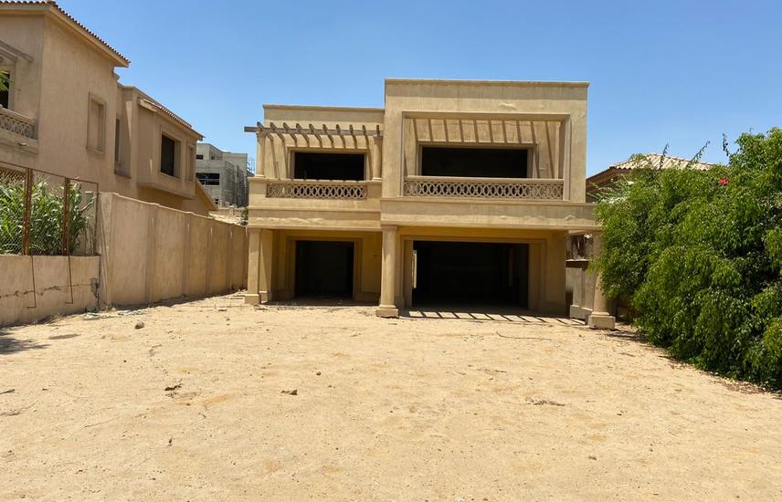 villa 760 sqm city view compound semi finished ---