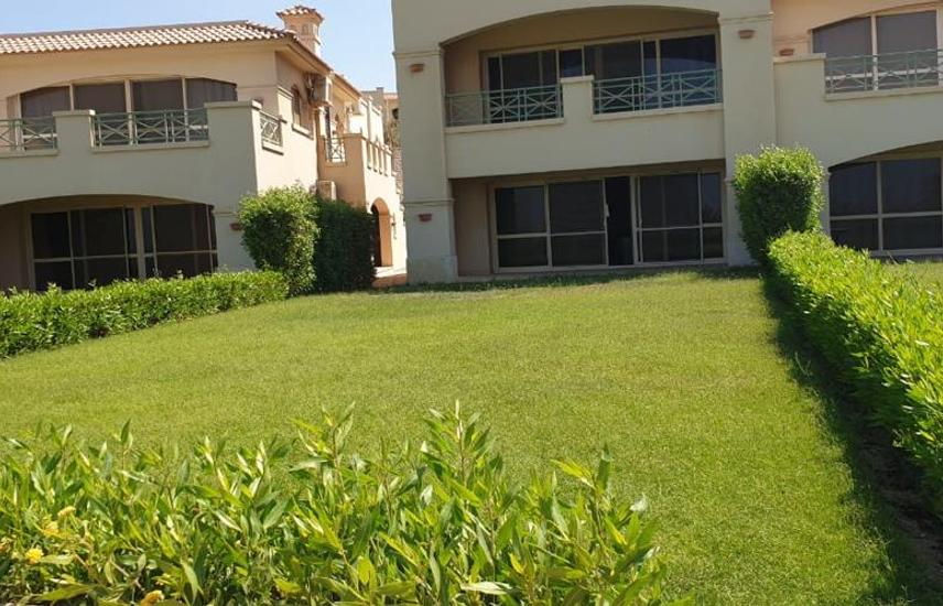 Chalet with Garden at La Vista 6 for Sale 180 SQM