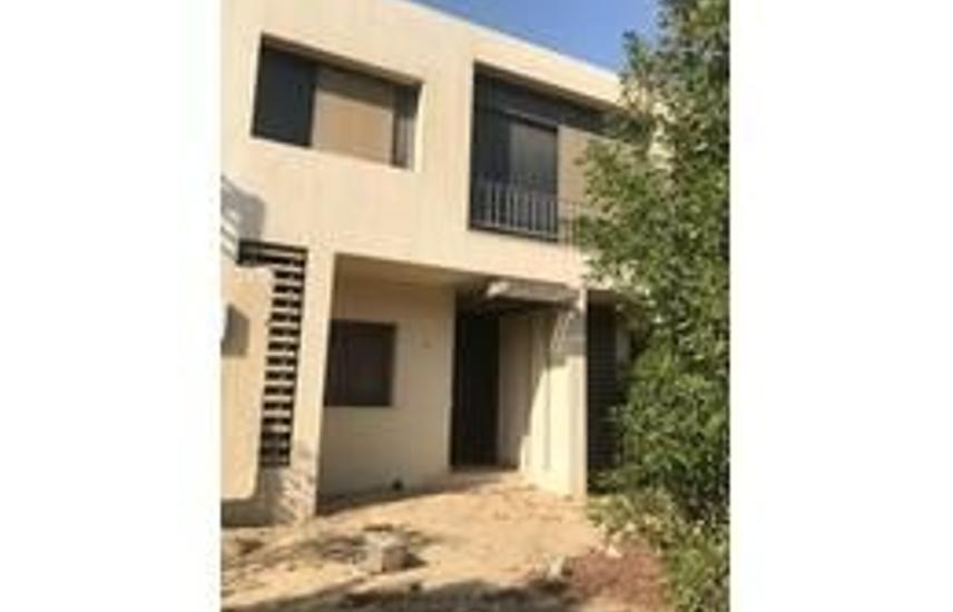 Town house middle for sale in alegeria .