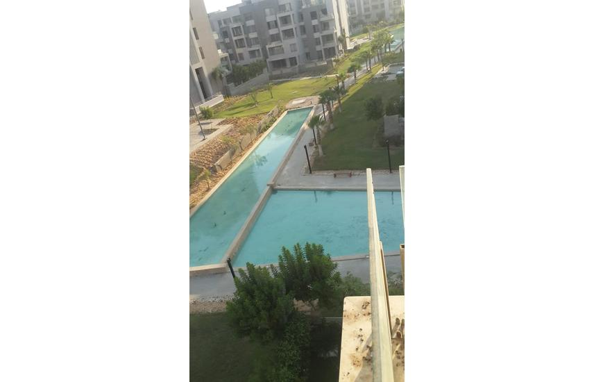 apartment with garden direct on lake @VGK compound